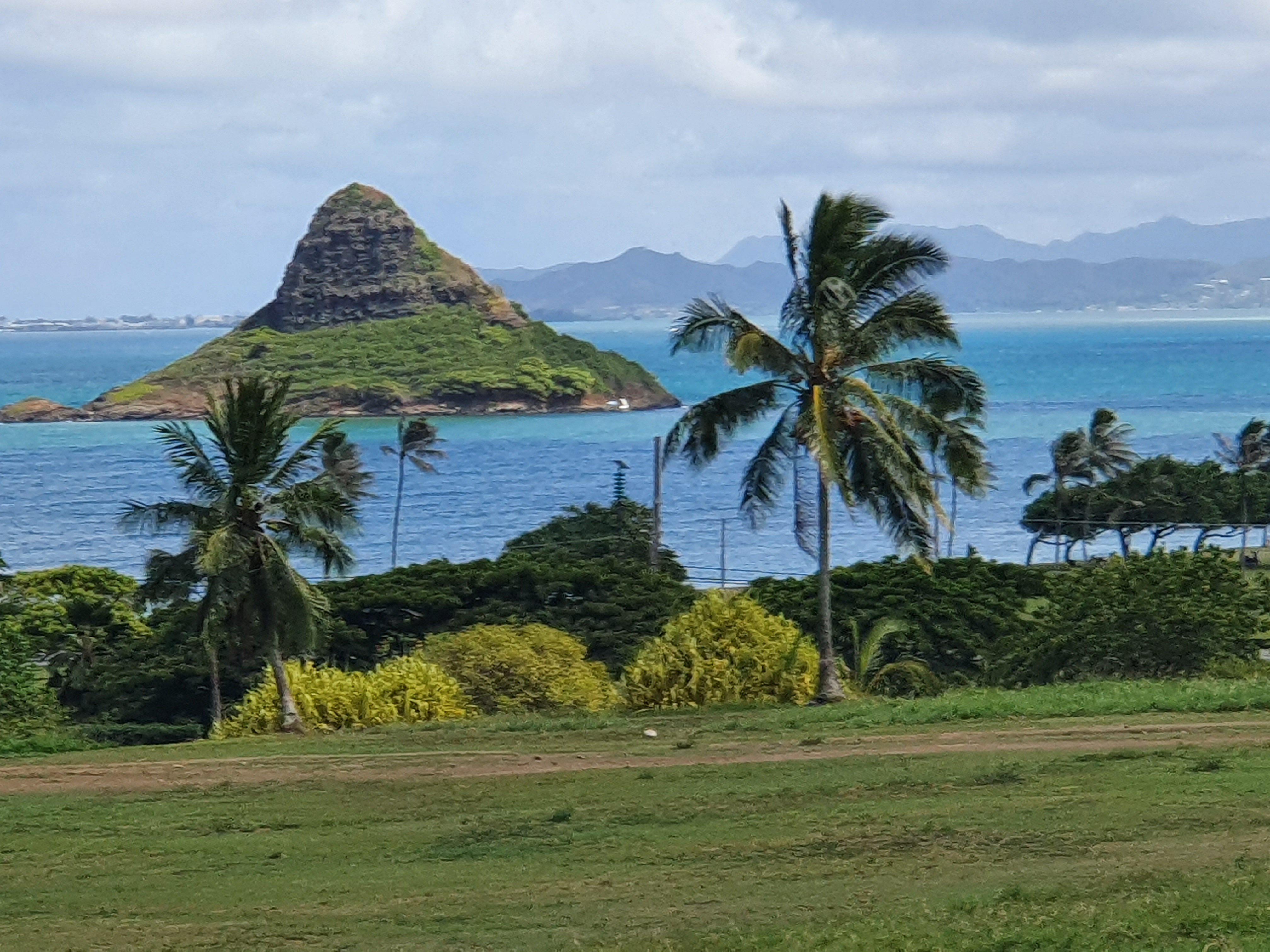 Chinaman's Hat - Mokolii Oahu Hawaii